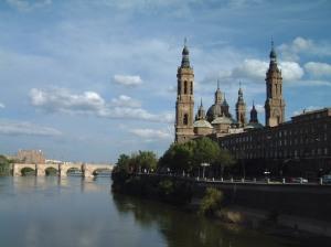 Ebro, Saragossa