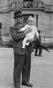 Grossvater mit Low