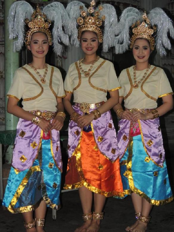 Thai-Tempel-Tänzerinnen