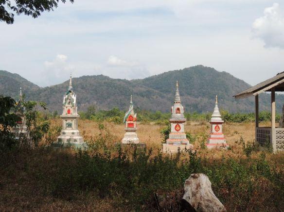 Wat Kao Nom