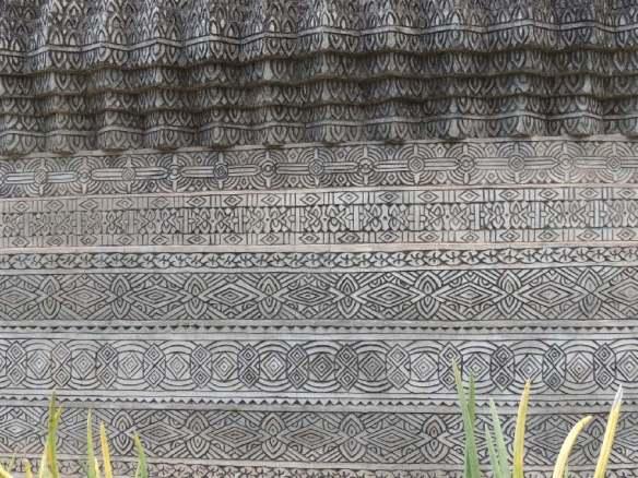 KaeKu Sockel Buddha
